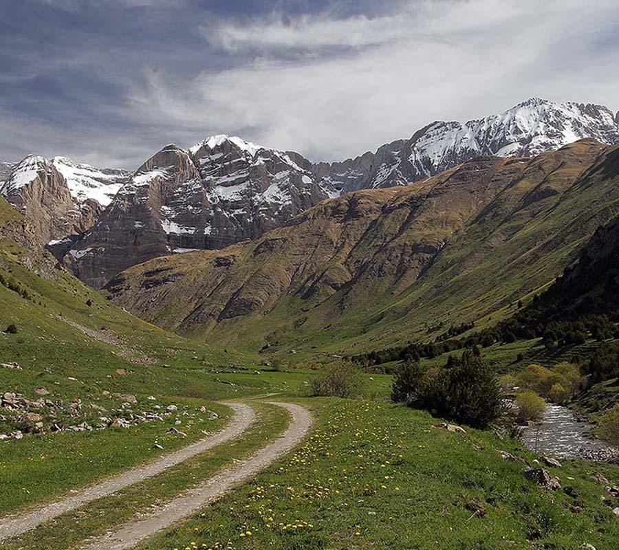 Senderismo Pirineos Alto Gállego